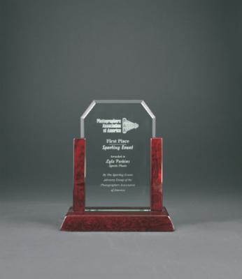 "7"" Jade Clip Corner Glass Award with Rosewood Finish Base"
